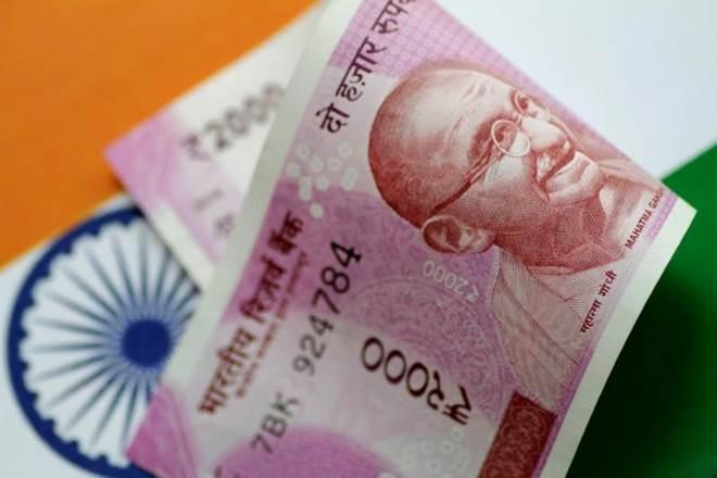 forex market, rupee, dollar, crude, रुपया, डॉलर, रुपये में रिकॉर्ड गिरावट, forex market live update, currency