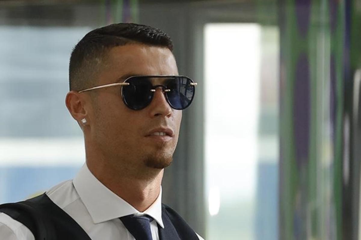 christiano ronaldo, juventus, real madrid, turin, yuventus billion euro mark on stock exchange, english premier league, sports news, news