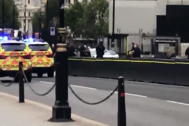 UK Parliament, London, London parliament building, UK Parliament car crash, London car crash, uk parliament attack