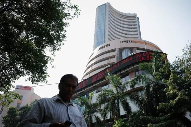 stock market, rupee, dollar, risk, FII, DII, investment, correction, trade war, crude