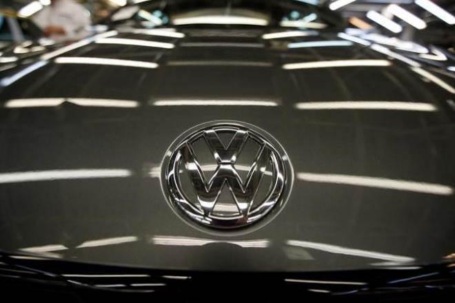 Volkswagen, Volkswagen beetle, curvy-topped sedans, family-oriented vehicles, Volkswagen Group, Auto, industry news