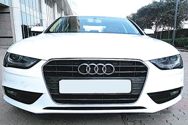 pre owned luxury car market,GST,Droom,Truebil,Hyundai Creta,Mercedes benz,BMW, audi