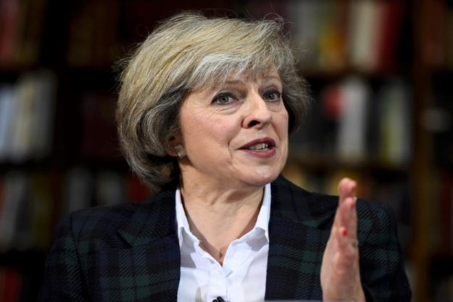 Hedge funds, Prime Minister Theresa May, European Union, CFTC, JP Morgan,