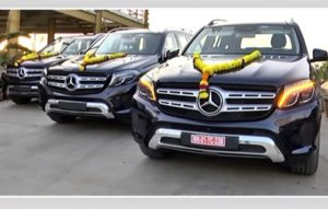 Gujarat businessman gifts Mercedes-Benz SUVs worth Rs 3 crore to employees! - The Financial Express