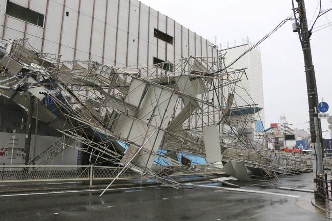 Typhoon Jebi, Typhoon Jebi in Jebi, Kansai International Airport, Osaka airport, world news