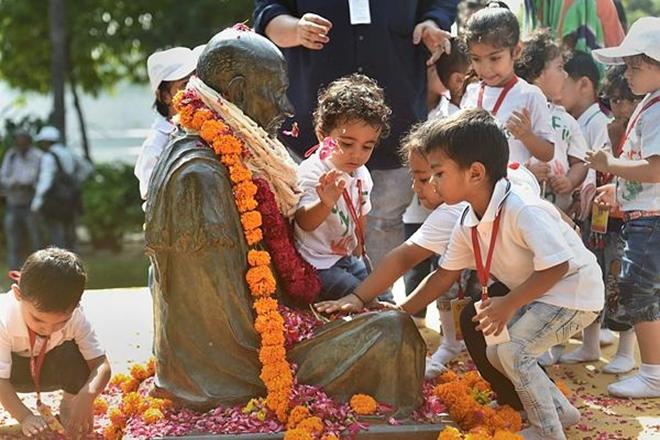 Mahatma Gandhi,Mahatma Gandhi jayanti,Vaishnav Jan to Tene Kahiye,Gandhi Jayanti Day,Narendra Modi