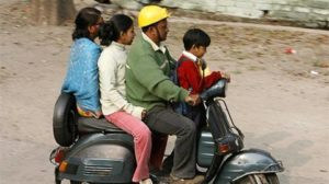 98 two-wheeler users without helmet died per day in 2017 & 79 drivers died of not wearing seatbelts - The Financial Express